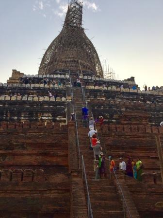 birmanie-circuit-voyage-pagode-routedelabirmanie-sejourenbirmanie