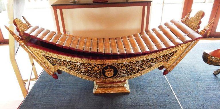 Voyage en Birmanie - Circuit Séjour - instruments de musique